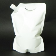 FTS15LBWH: 1.5L White Stand Up Pouch w/ 16.2mm fitment & Handle (250/case)