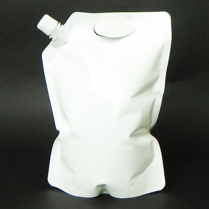 1.5L White SpoutPak with Handle (250/case) - FTS15LBWH