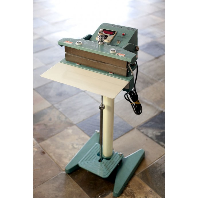 "CH400FP - 16"" Constant Heat foot pedal Sealer"